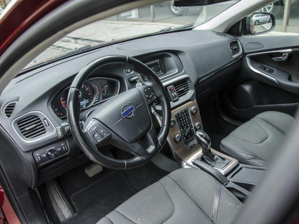 Volvo V40 T4 CROSS COUNTRY año 2015