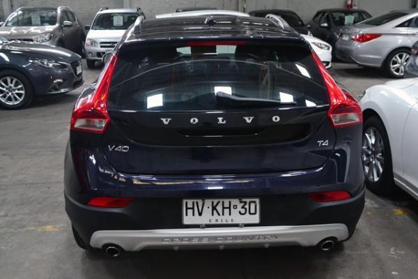 Volvo V40 CROSS COUNTRY T4 año 2016