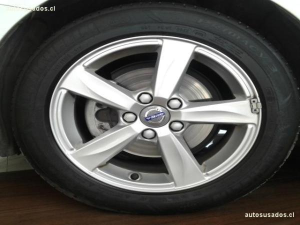 Volvo V40 D2 CONFORT 1.6 año 2016