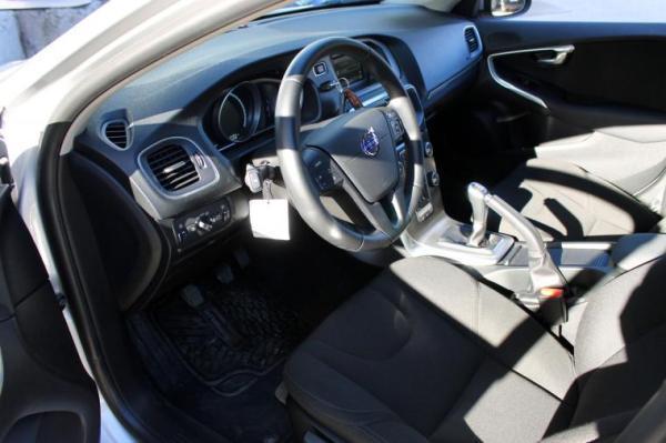 Volvo V40 D2 2.0 año 2016