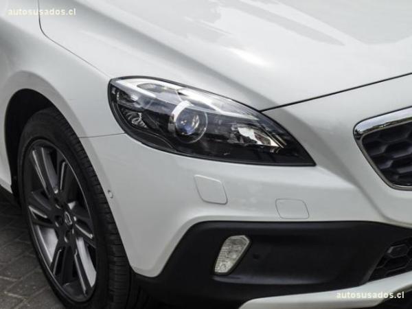 Volvo V40 CROSS COUNTRY T5 AWD año 2016