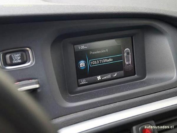 Volvo V40 T4 R DESIGN 1.6 año 2016