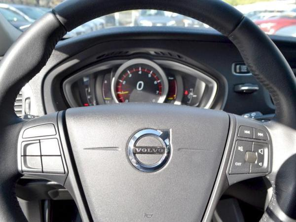Volvo V40 V40 T3 2.0 año 2017