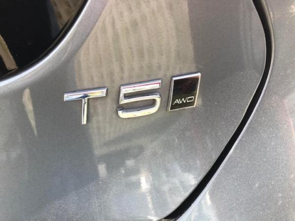 Volvo V40 CROSSCOUNTRY AWD T5 año 2017