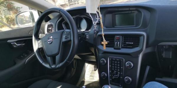 Volvo V40 T3 2.0 año 2017