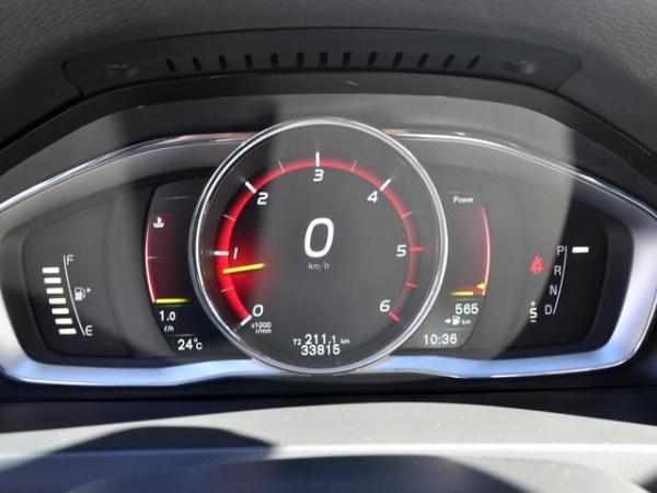 Volvo V60 D4 AWD LIMITED año 2017