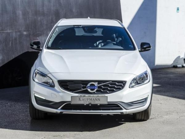 Volvo V60 2.0 T5 AWD CROSS COUNTRY año 2017