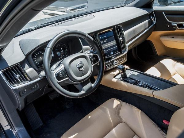 Volvo V90 T5 AWD año 2019
