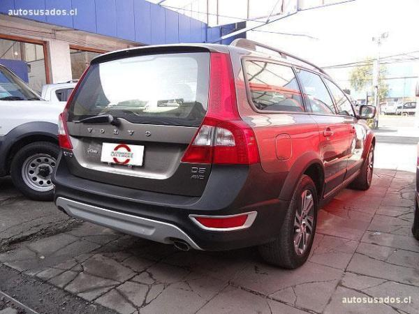 Volvo XC 70 , station wagon 2.0 c año 2012
