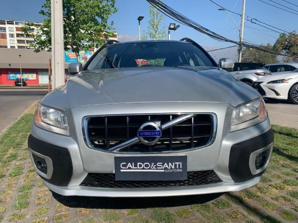 Volvo XC 70 AWD D5 2.4 AT año 2013