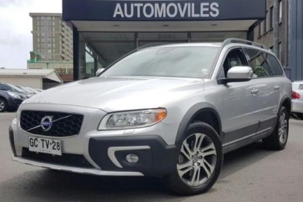 Volvo XC 70 D5 AWD LIMITED año 2014