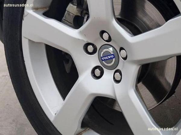 Volvo XC 90 AWD 3.2 año 2012