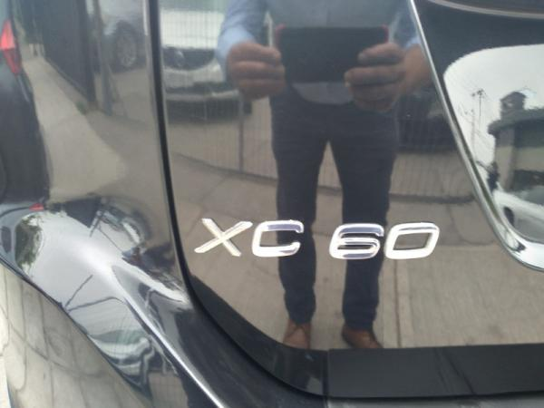 Volvo XC60 T5 2.0 AT TURBO año 2012