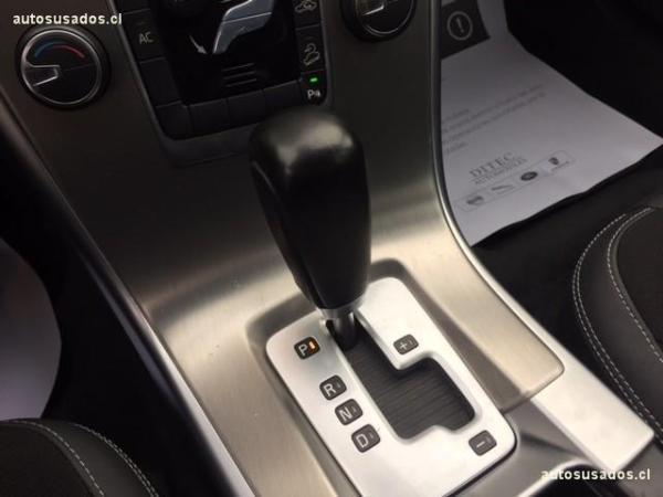 Volvo XC60 D5 AWD año 2012