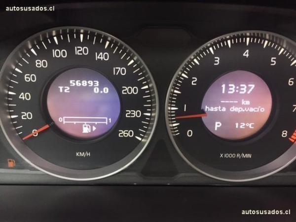 Volvo XC60 T5 año 2012