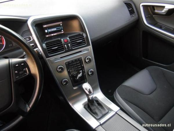 Volvo XC60 T5 2.0 año 2013