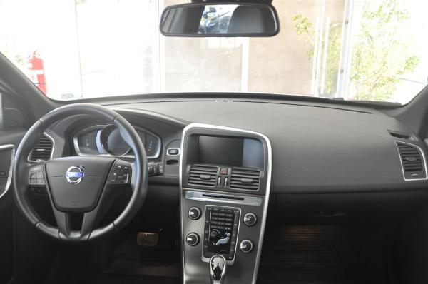 Volvo XC60 T5 Limited año 2014