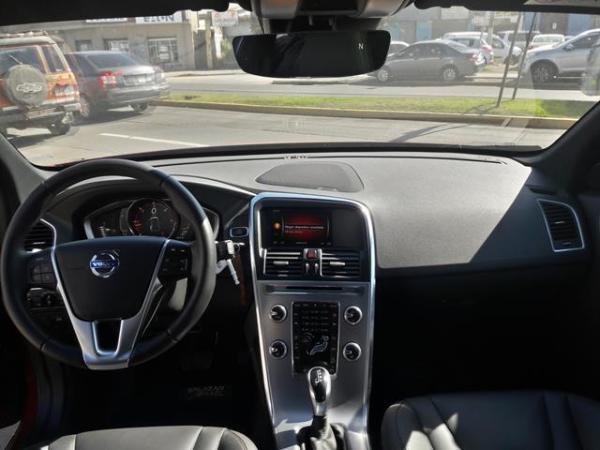 Volvo XC60 Xc60 D5 Awd 2.4 año 2017