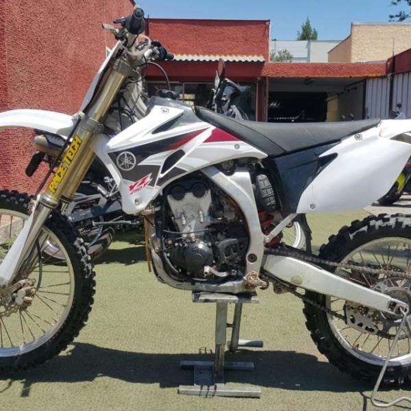 Yamaha YZF 250 $2.300.000 año 2009