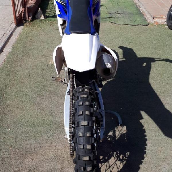 Yamaha YZF 250 2.990.000 año 2013