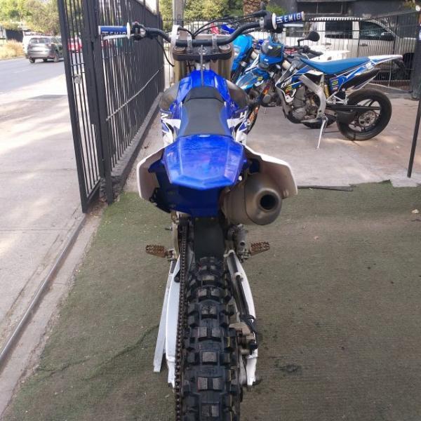 Yamaha YZF 250 2.990.000 año 2015
